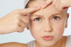 改善脸上长痘的方法